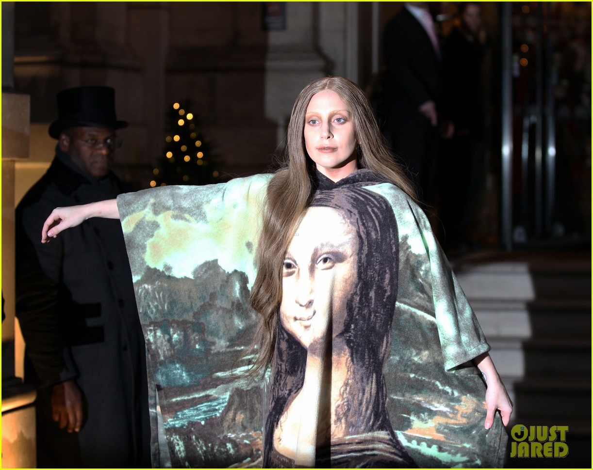 lady gaga displays mona lisa dress in london 10