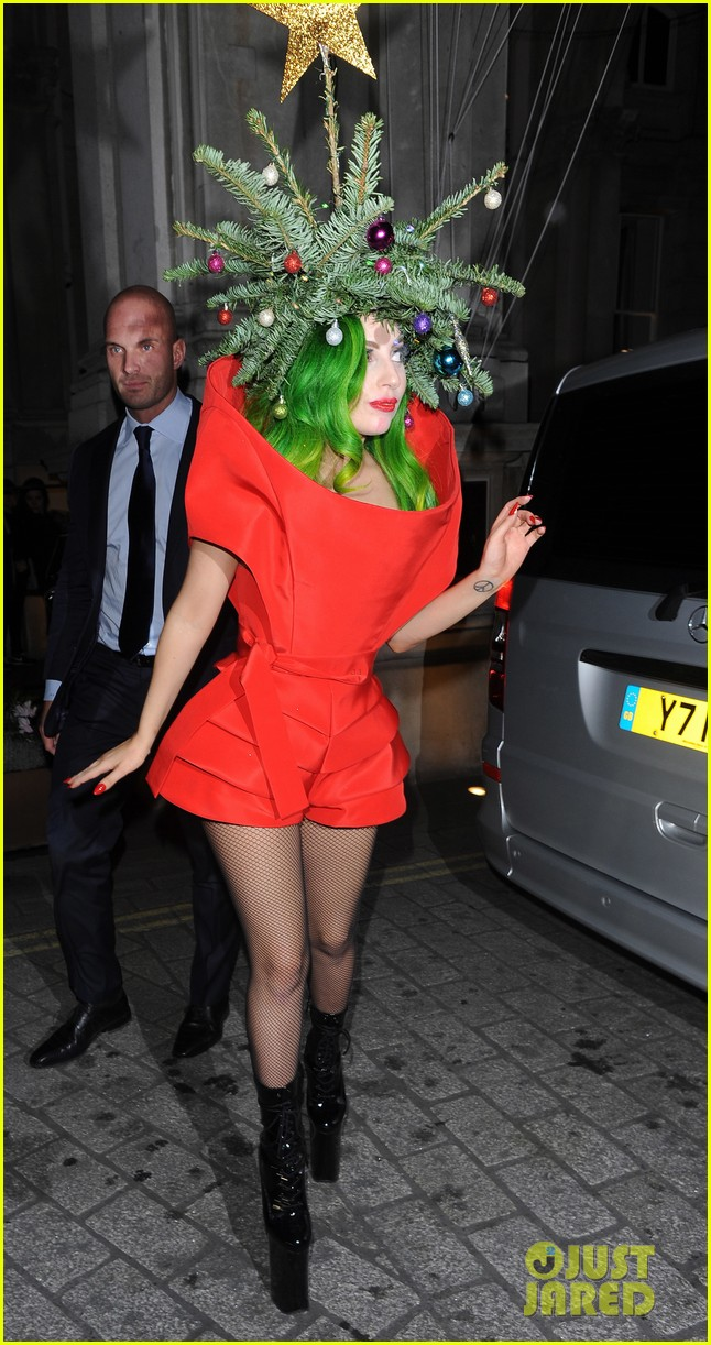 lady gaga dresses as christmas tree after capital fm ball 09