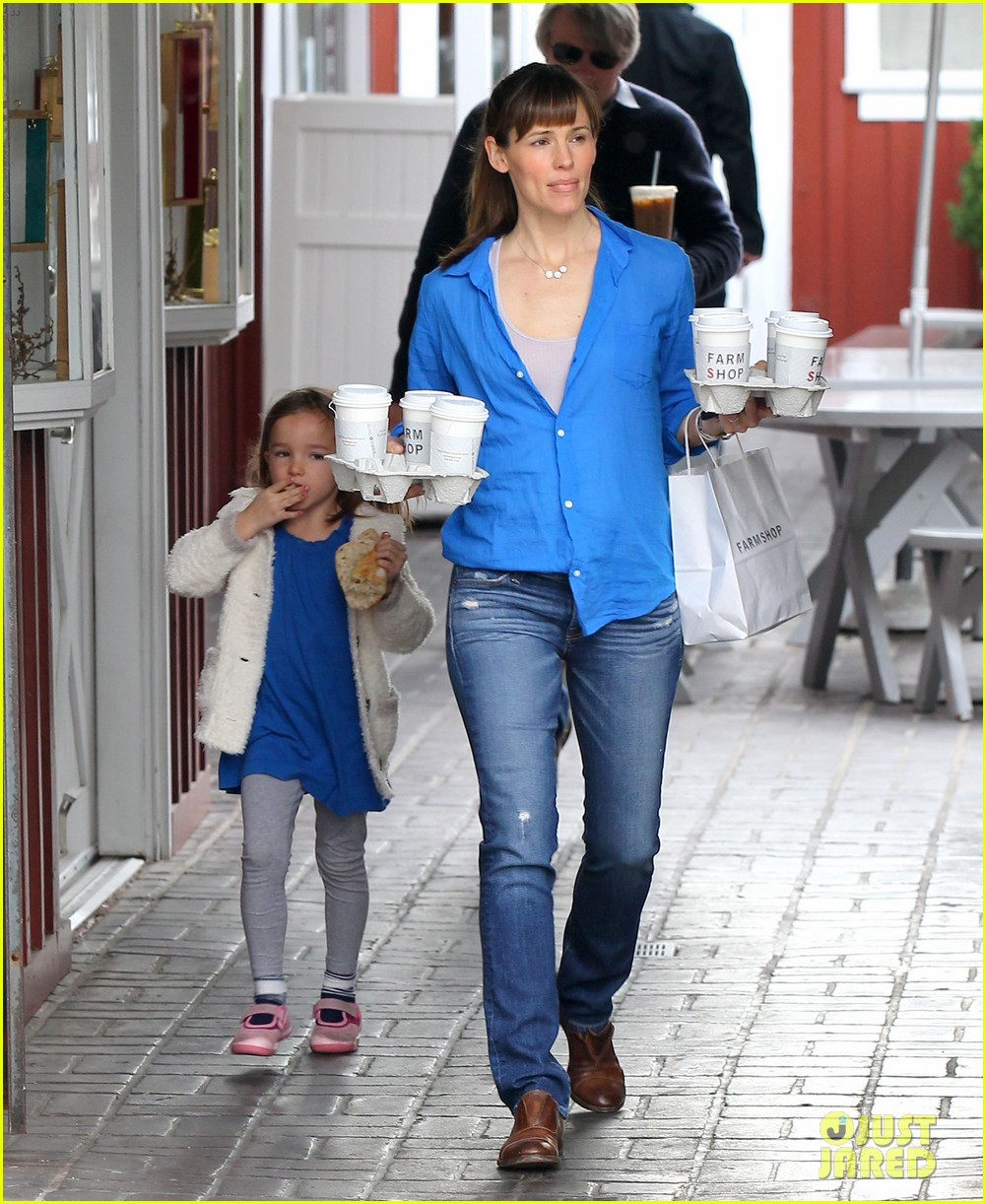 jennifer garner judy greer will reunite in men women children 01