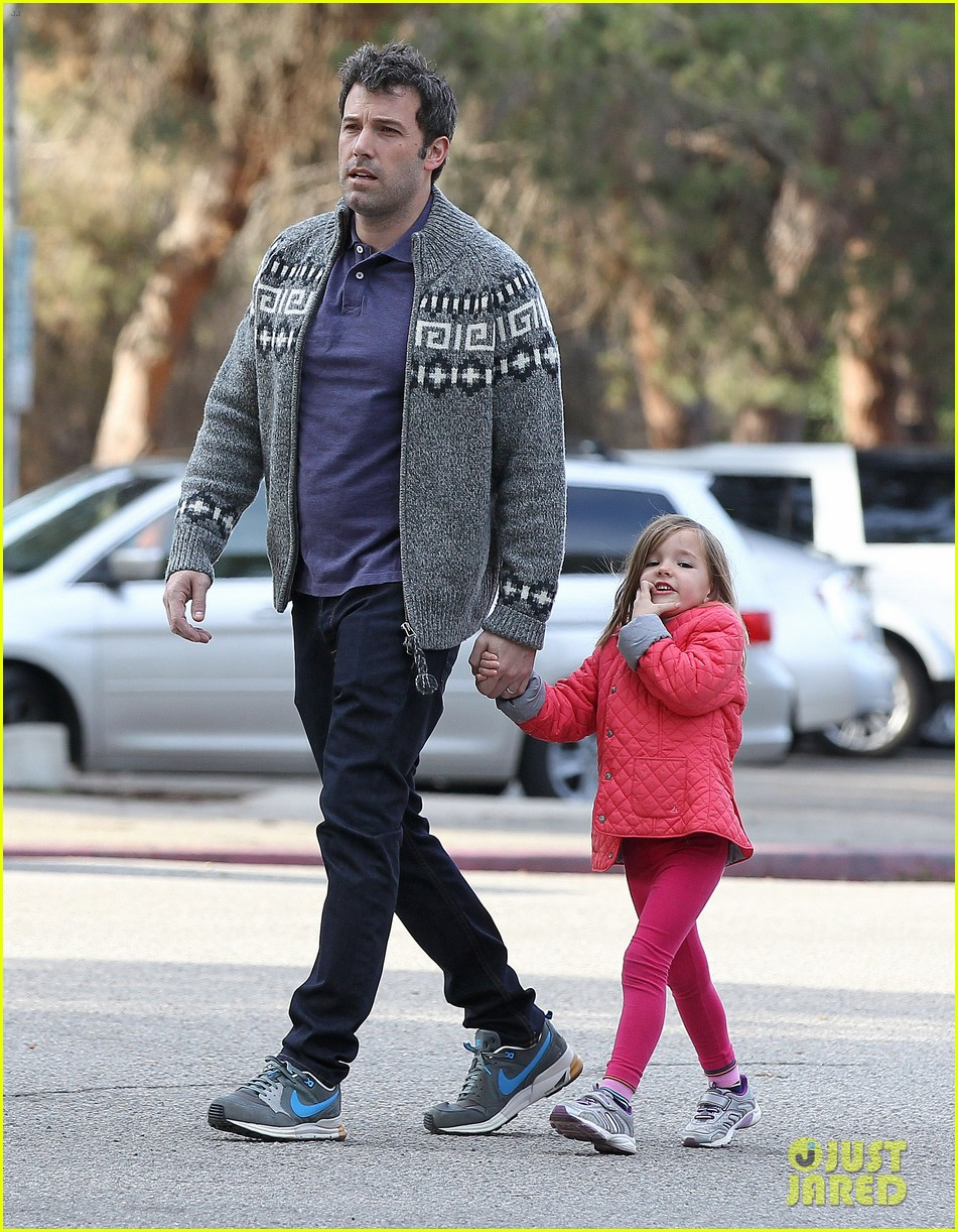 jennifer garner ben affleck sunday park day with the kids 083008329