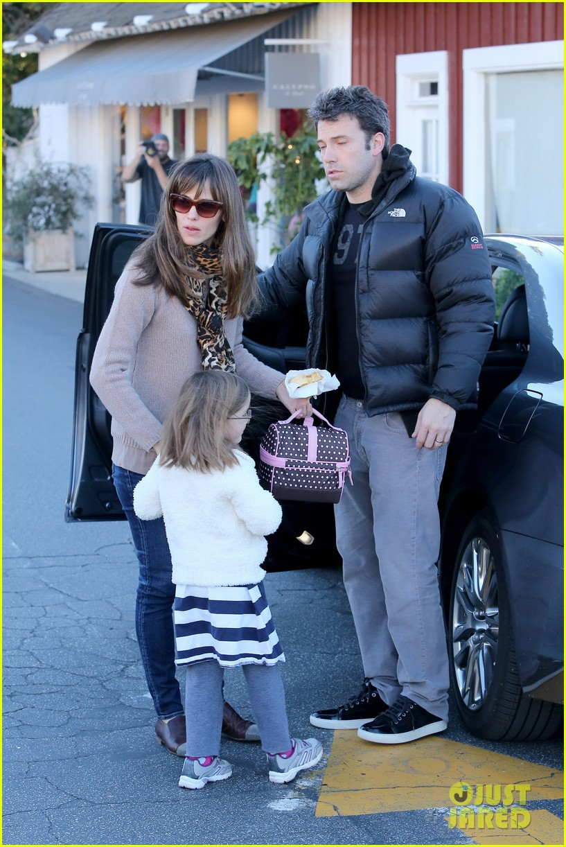 jennifer garner ben affleck wednesday morning breakfast 123009822