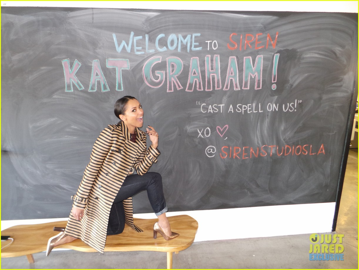 kat graham jj spotlight of the week behind the scenes pics 02