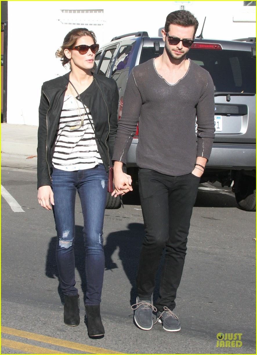 ashley greene paul khoury romancing the bean date 213012100