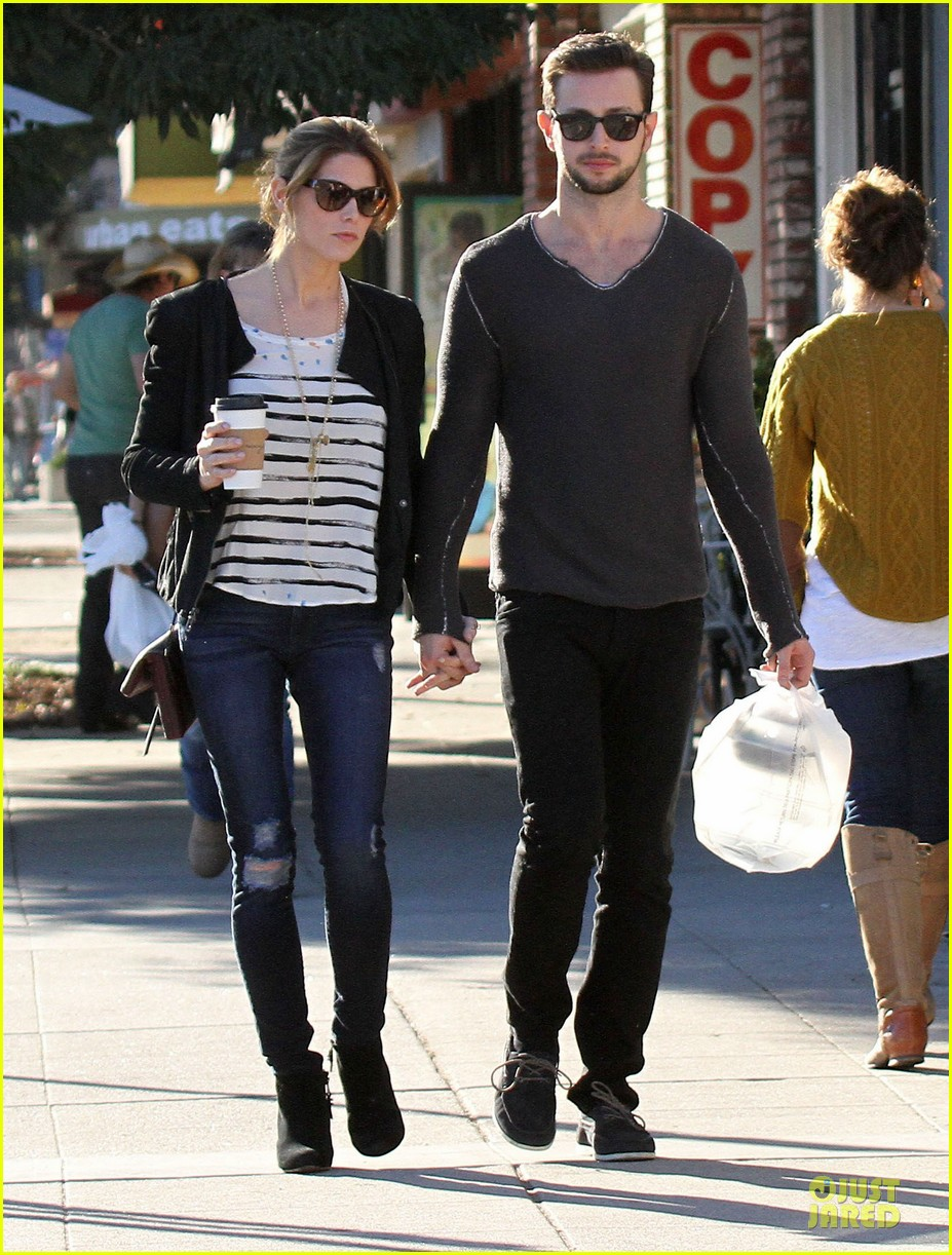 ashley greene paul khoury romancing the bean date 26