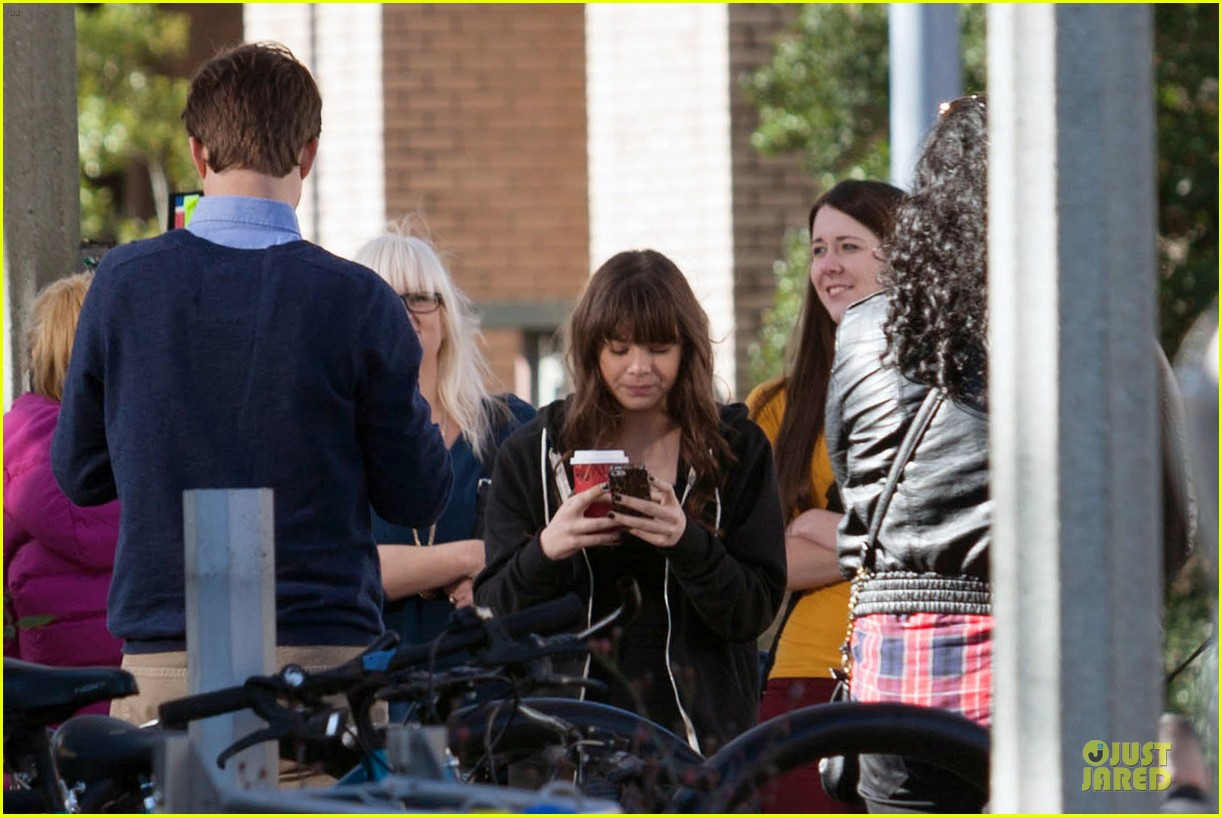 hailee steinfeld wrapping up barely lethal filming 093010205