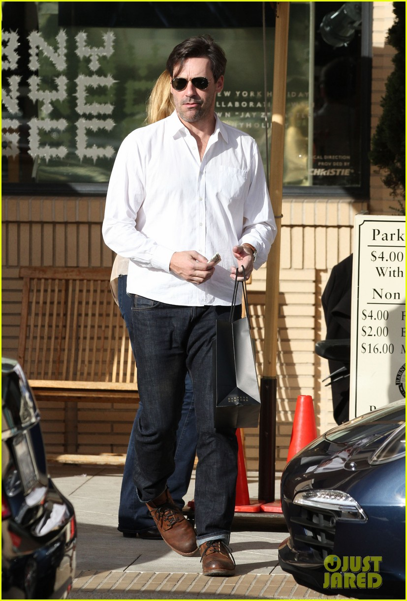jon hamm hosting snl is nerve wracking 053014136
