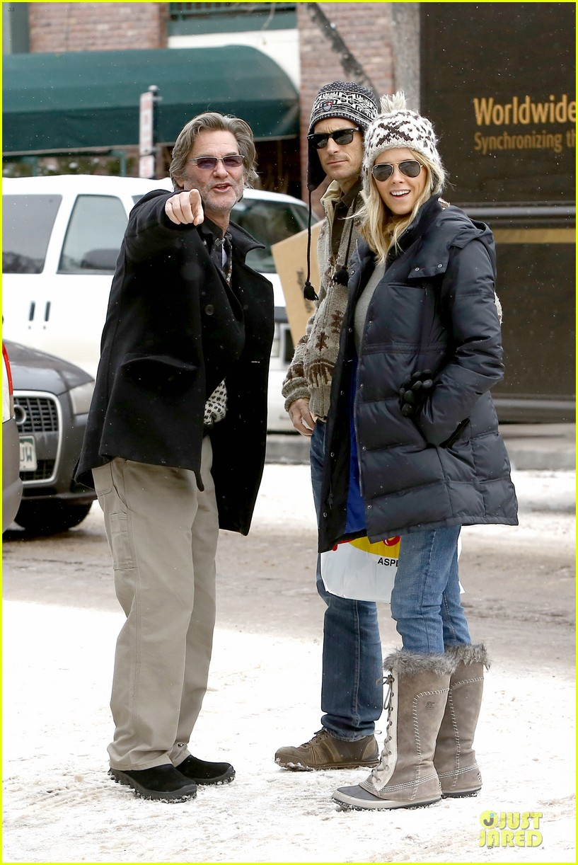 goldie hawn kurt russell aspen chat with melanie griffith 193017514