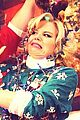 megan hilty reveals all of her awkward christmas photos 02