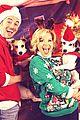 megan hilty reveals all of her awkward christmas photos 08