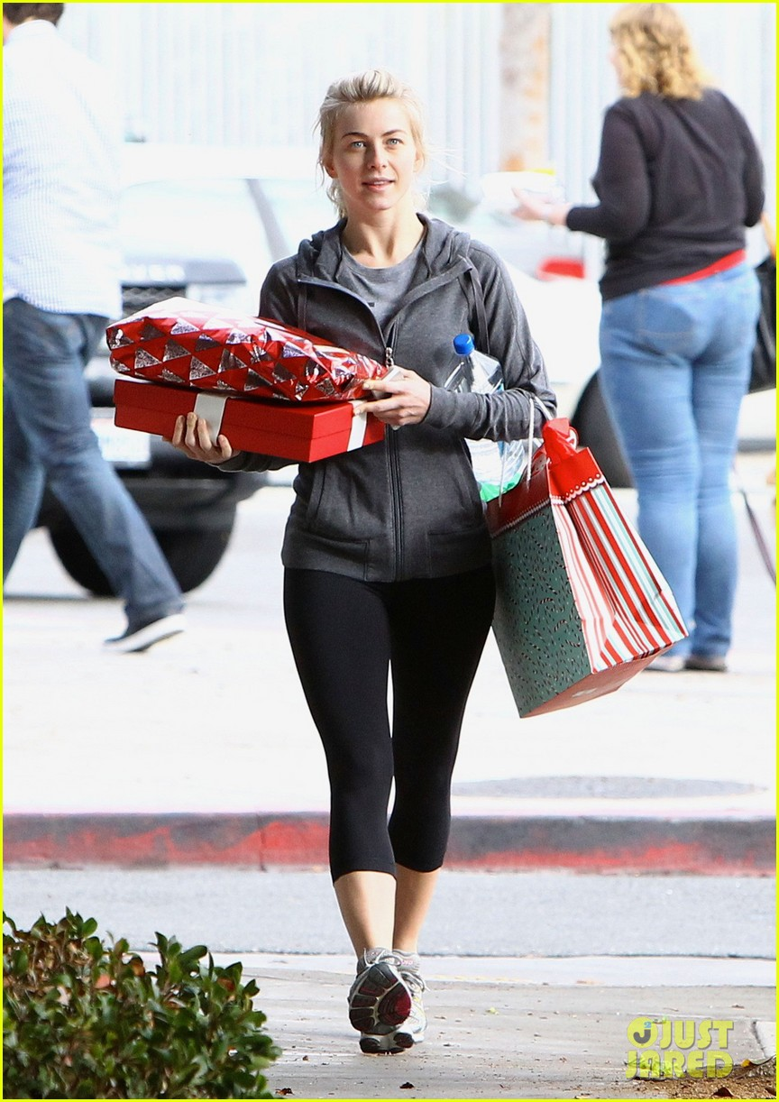 julianne hough is ready for christmas with armful of gifts 103015295