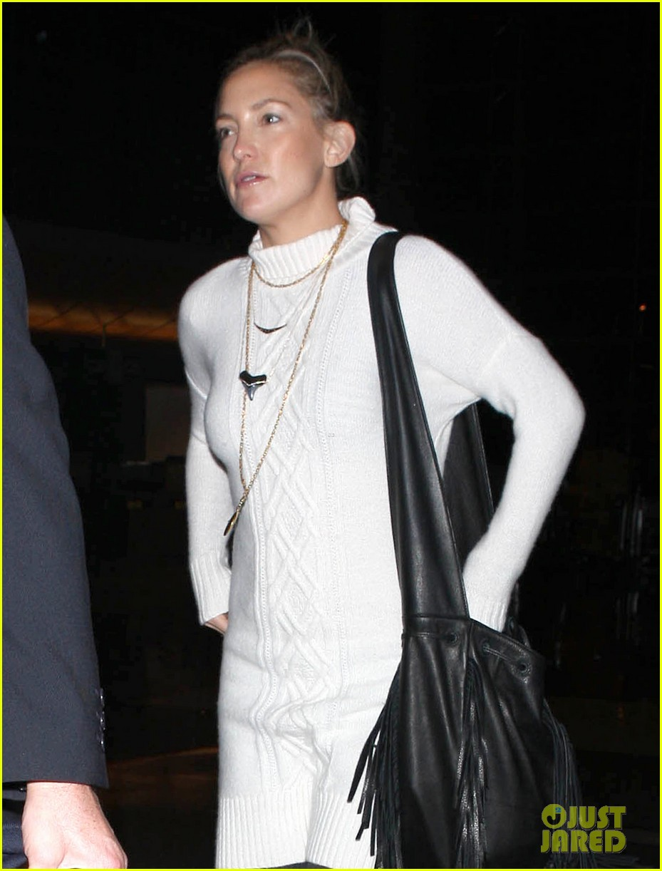 kate hudson makeup free at lax 02