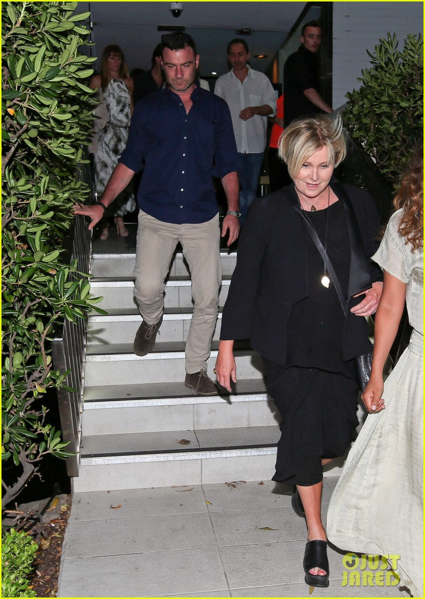 hugh jackman naomi watts their spouses enjoy dinner together in sydney 03