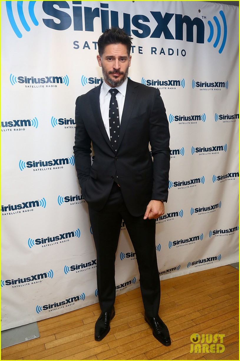 joe manganiello reveals past struggles with alcohol 053004991