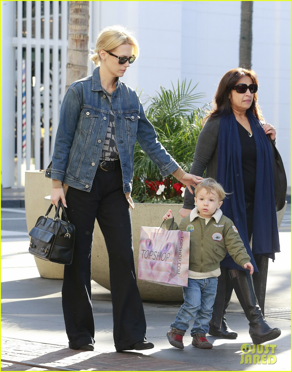 january jones takes xander to meet santa claus 233007076