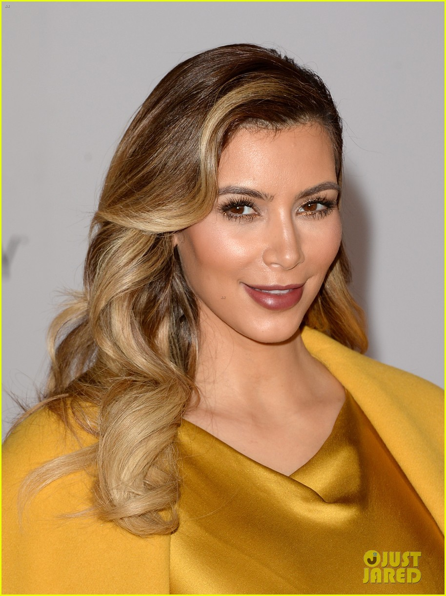 kim kardashian thr women in entertainment breakfast 08
