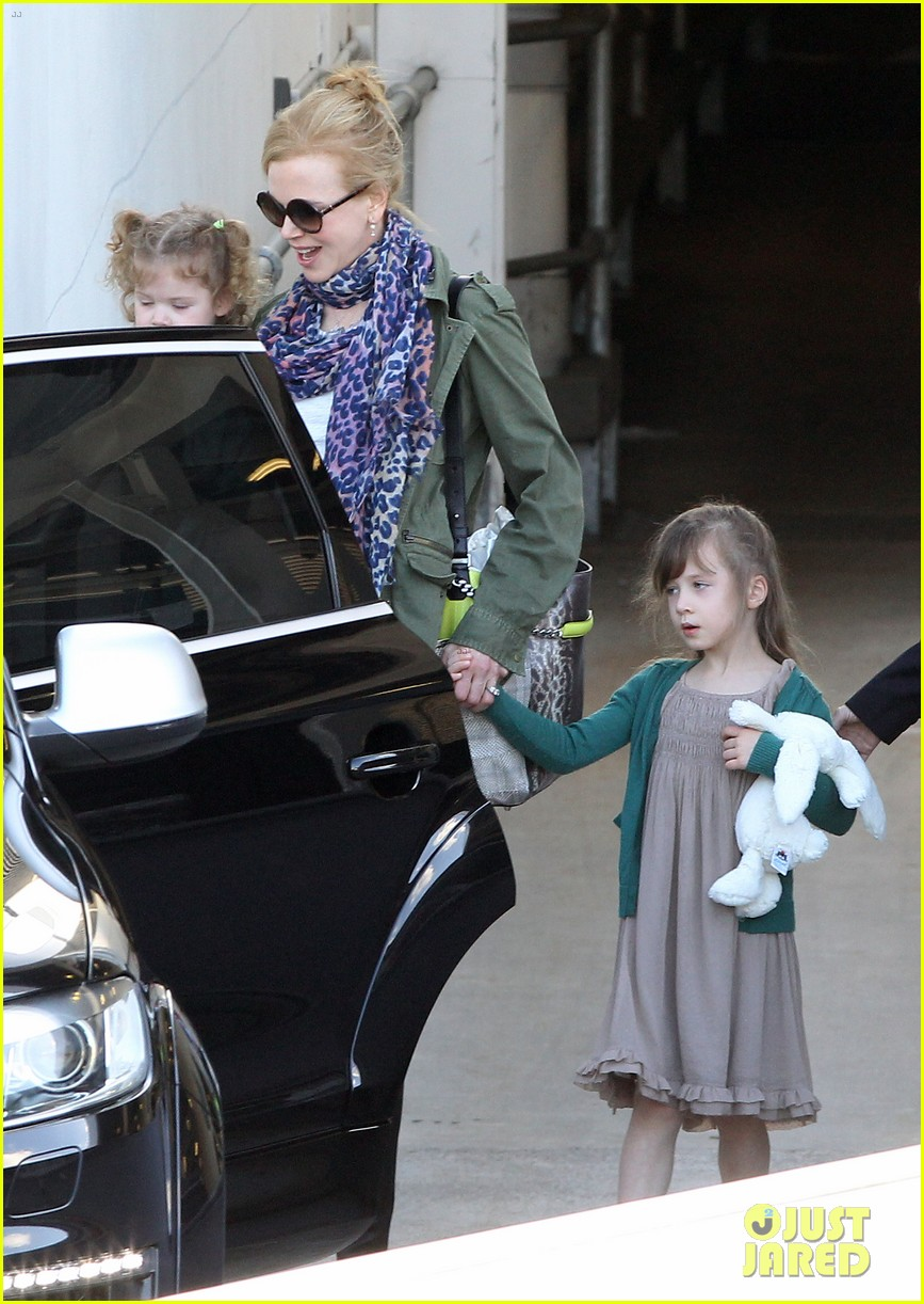 nicole kidman australia arrival with faith sunday 243014418