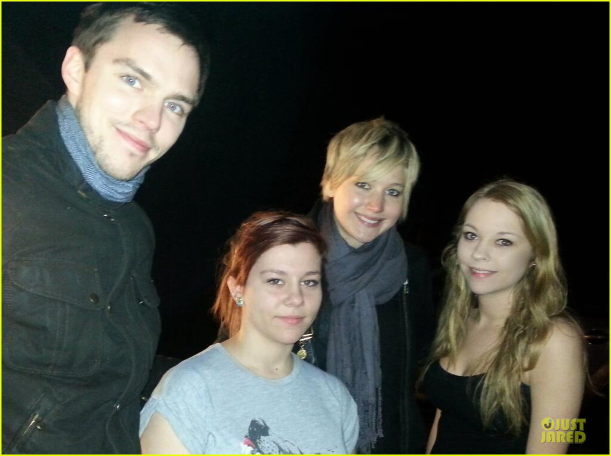 jennifer lawrence nicholas hoult spend holidays together 01