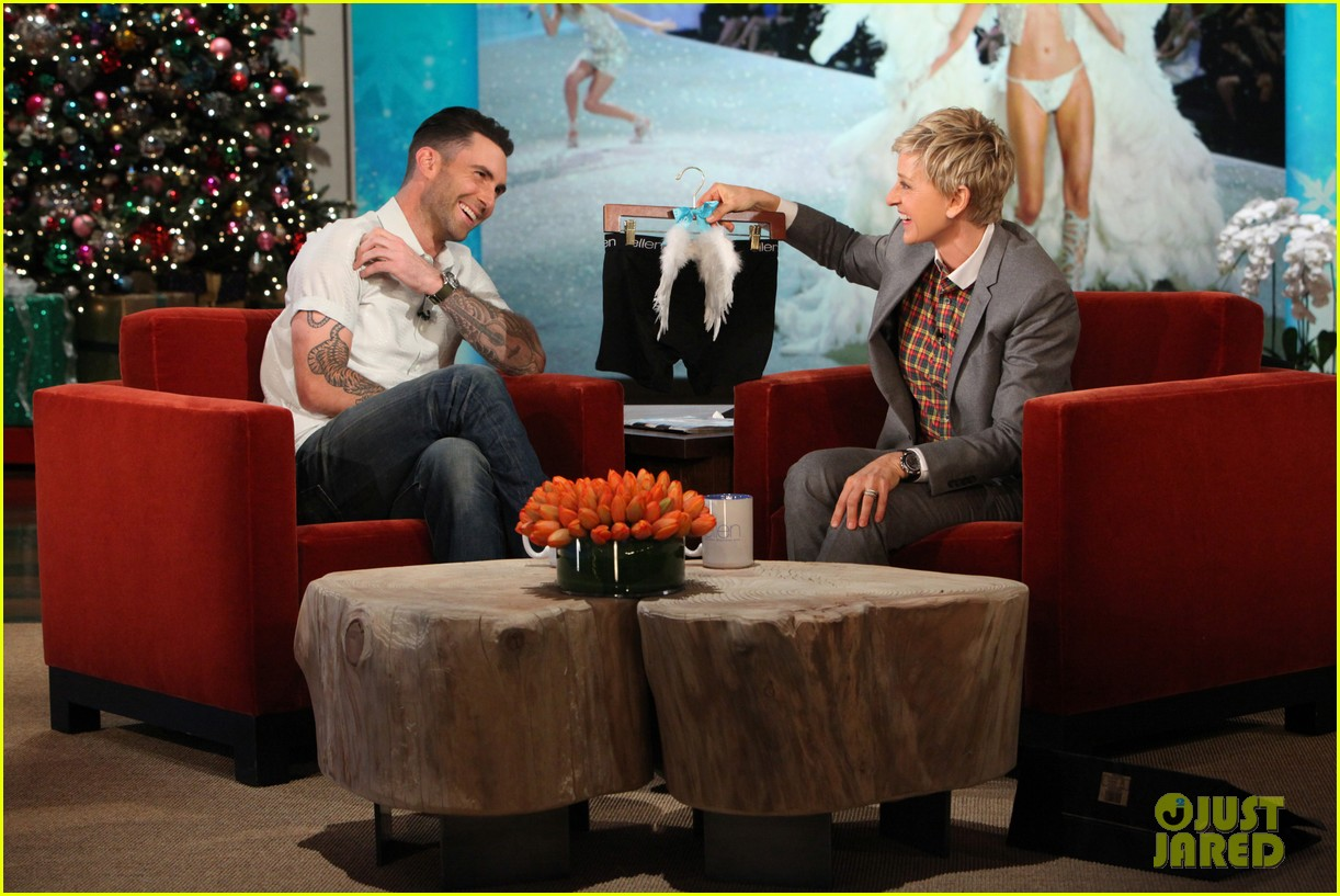 adam levine behati prinsloo laughed over sexiest man alive title 01