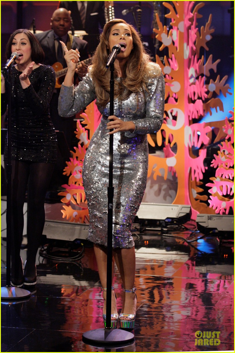 leona lewis one more sleep promo on leno 013015711