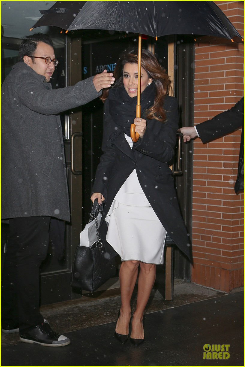 eva longoria helps ends world hunger with howard buffett 033010219