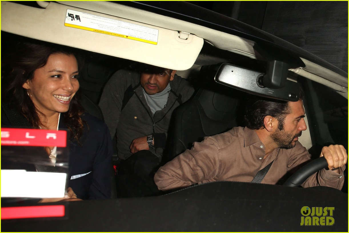 eva longoria nobu date night with jose antonio baston 05