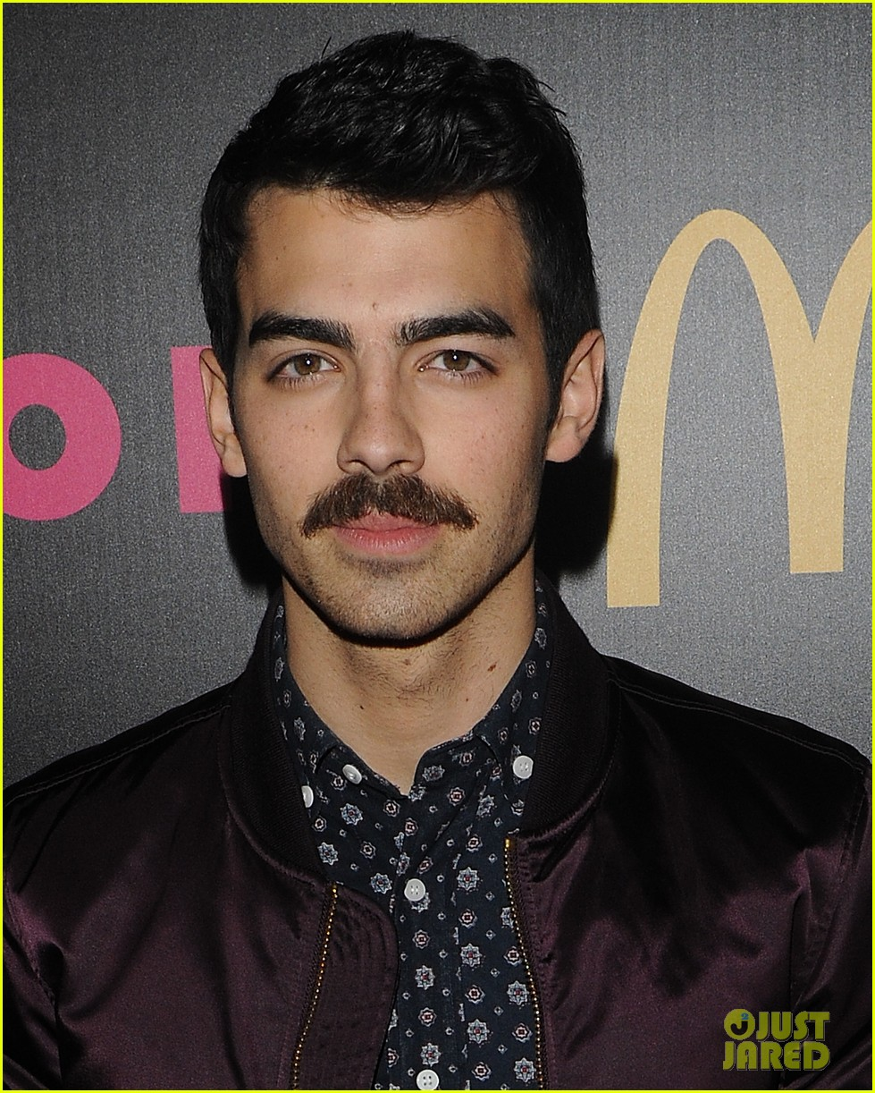 demi lovato mustachioed joe jonas nylon magazine party 04