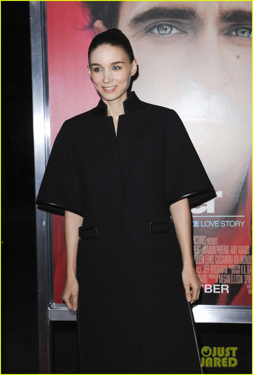 rooney mara her premiere with sister kate mara 233011116