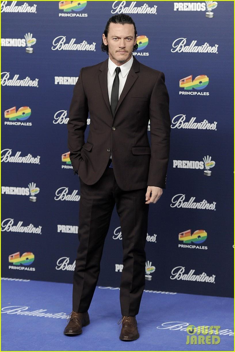 ricky martin luke evans 40 principales awards 2013 15