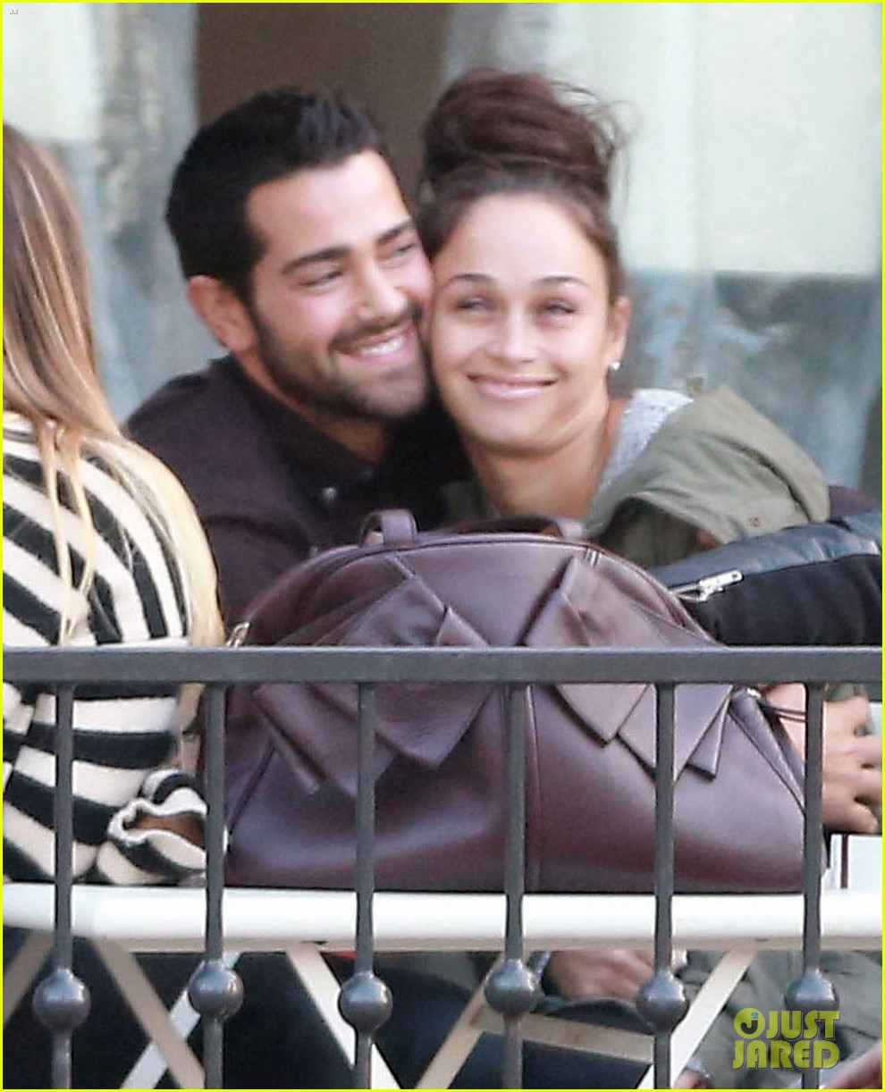 jesse metcalfe cara santana lunch with the jew crew 13