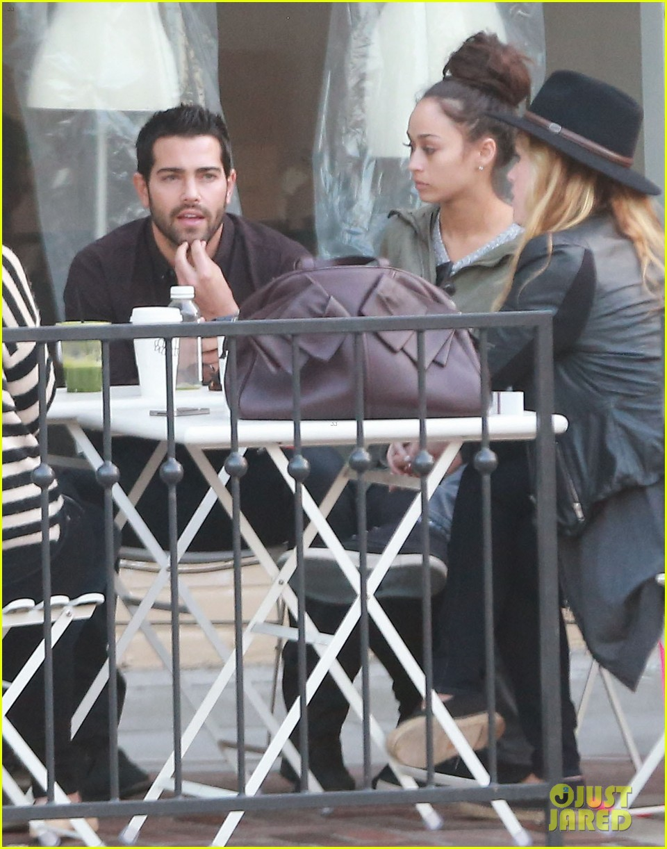jesse metcalfe cara santana lunch with the jew crew 153016135