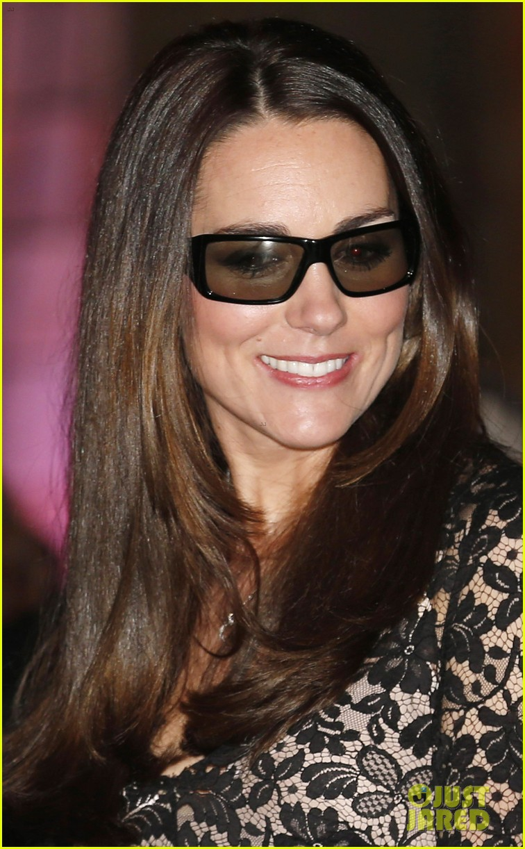 kate middleton prince william glam up for 3d movie premiere 09