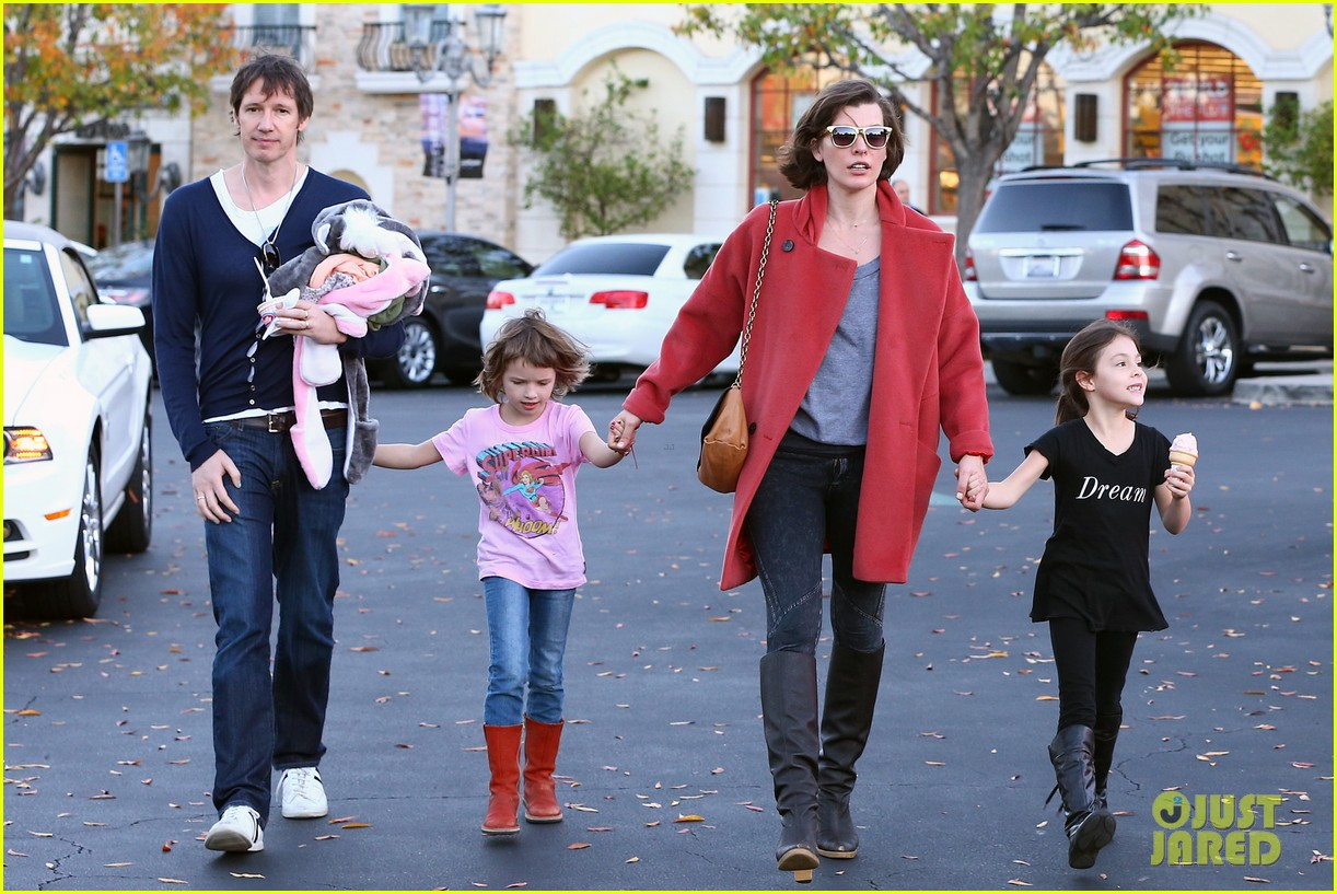 Full Sized Photo of milla jovovich paul ws anderson enjoy lunch with ... милла йовович