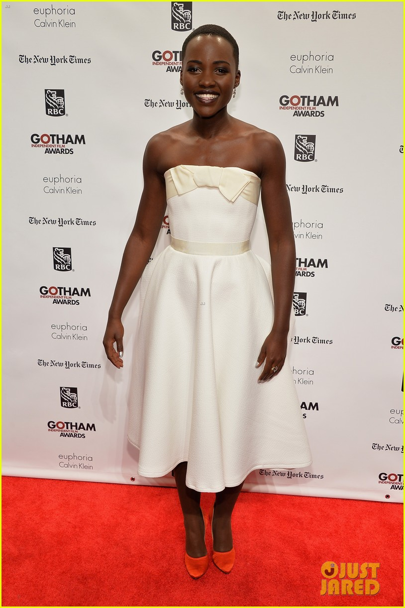 lupita nyongo kathryn hahn gotham film awards 01