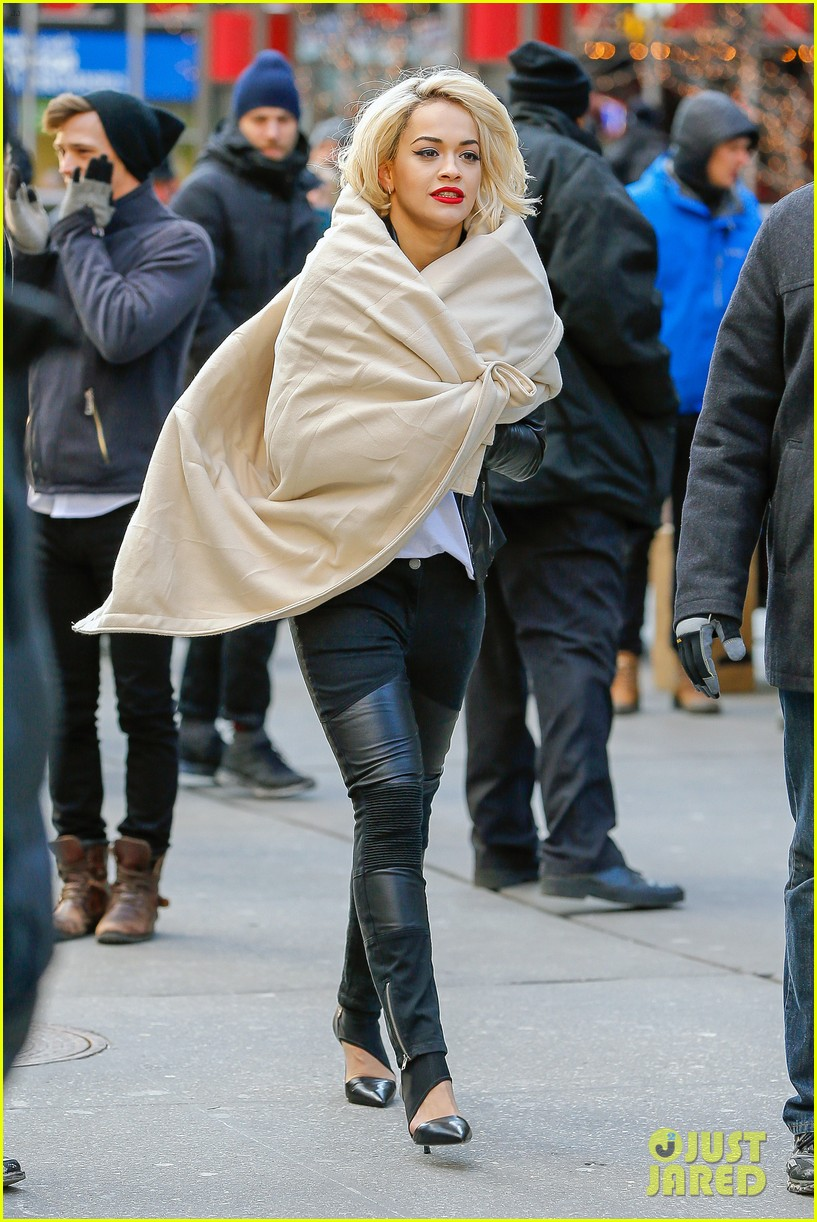 rita ora dkny fashion shoot in nyc 103013563