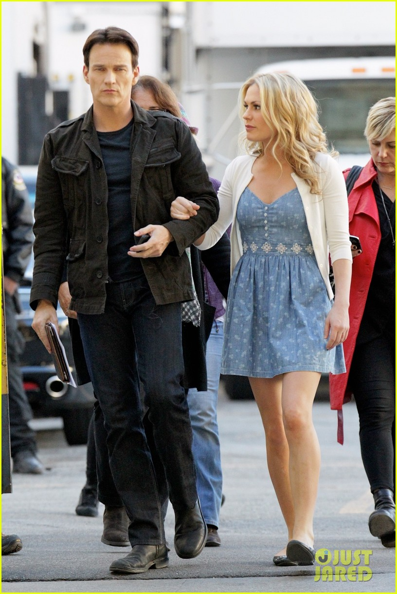 anna paquin stephen moyer commercial shoot couple 01