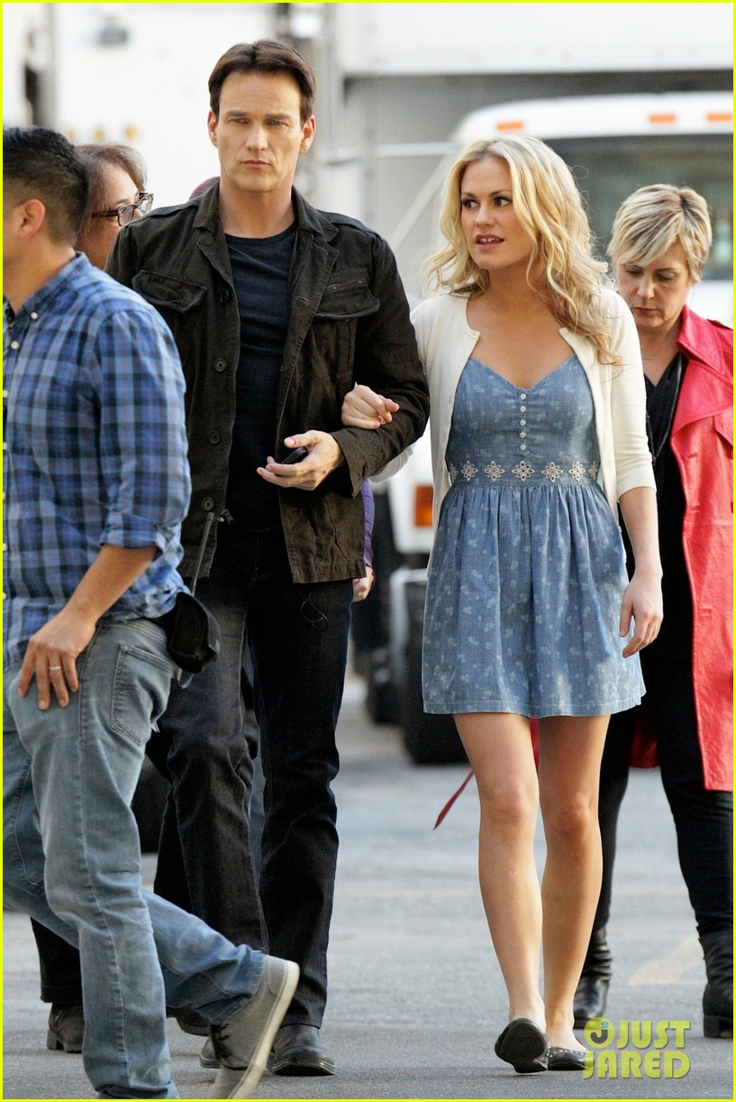 anna paquin stephen moyer commercial shoot couple 03