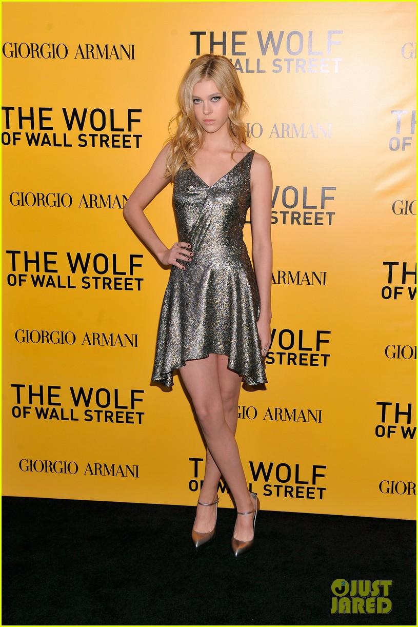 nicola peltz wolf of wall street premiere 03