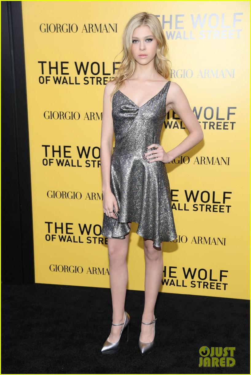 nicola peltz wolf of wall street premiere 05