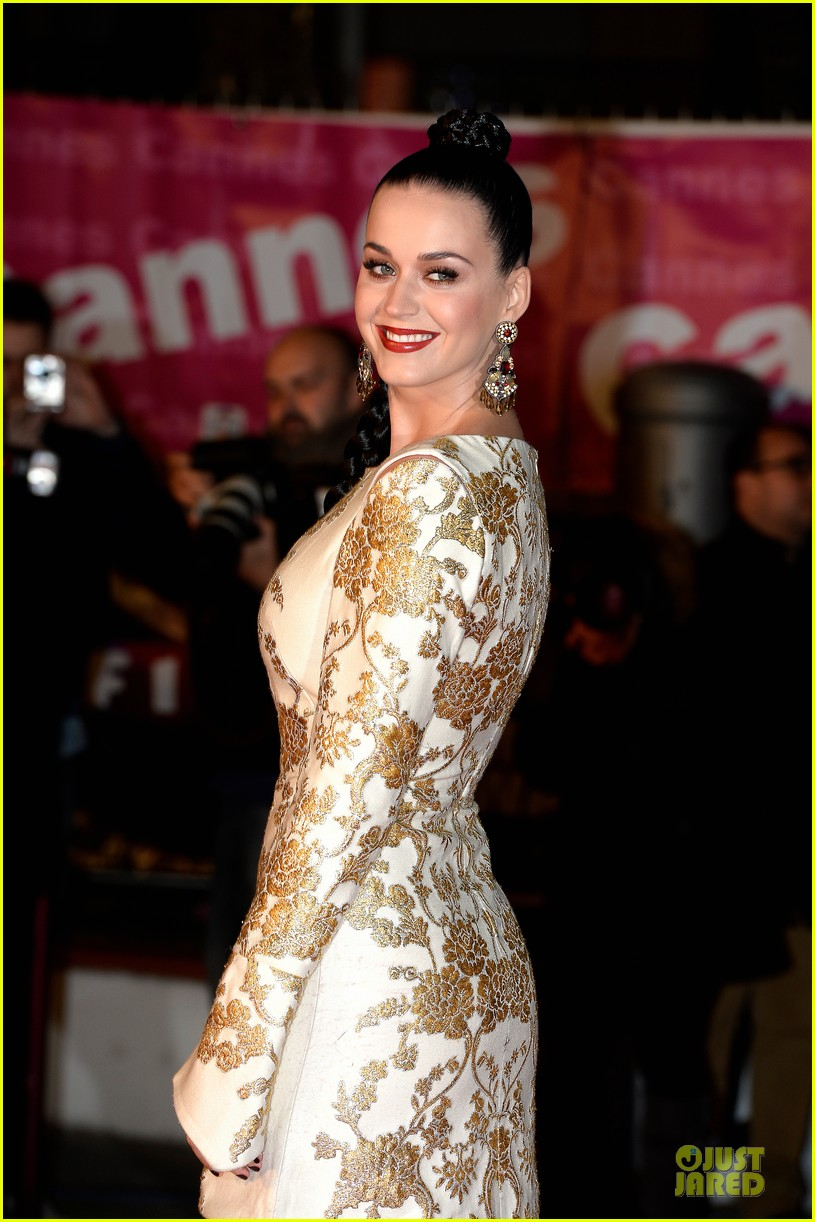 katy perry golden girl at nrj music awards 2013 12