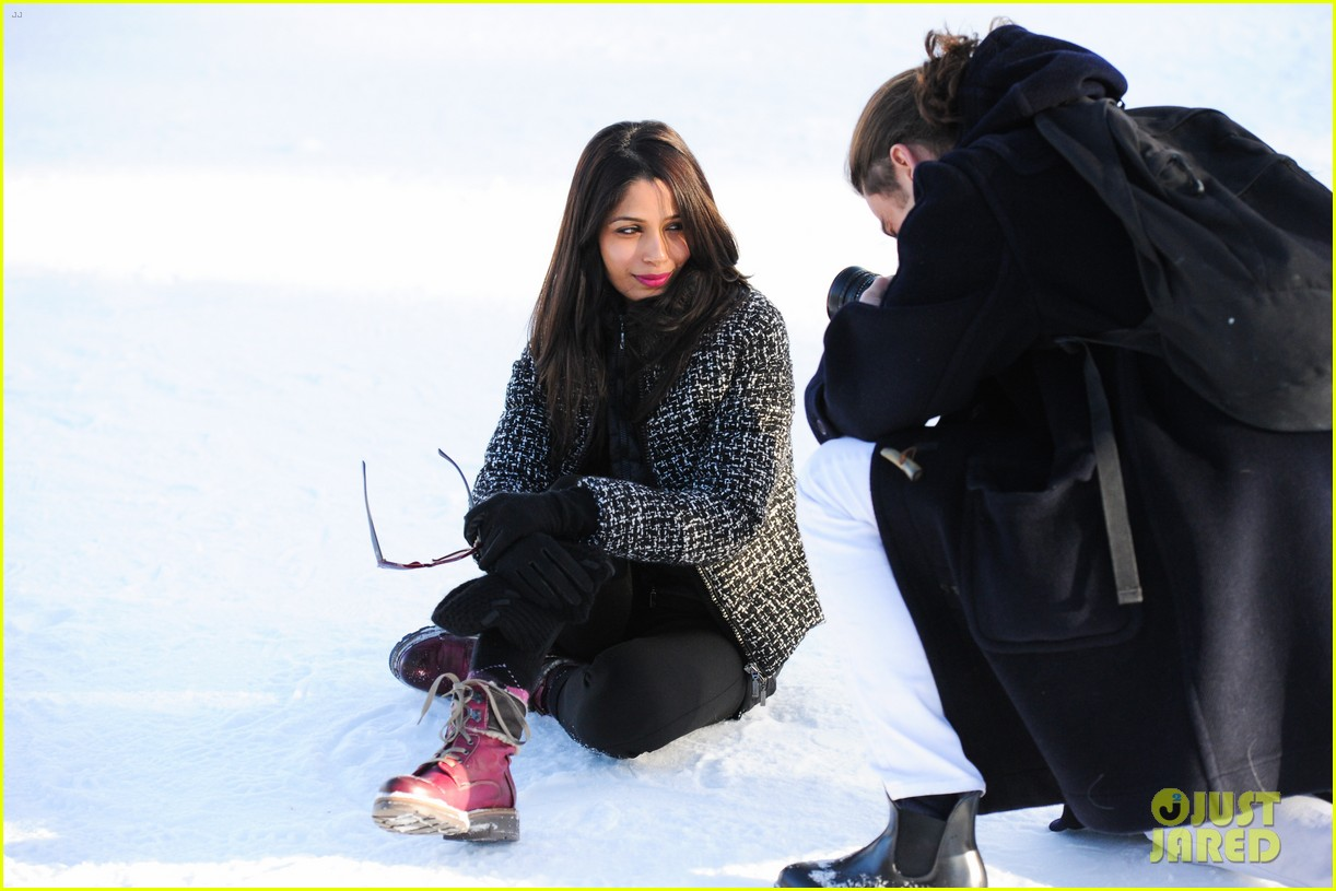 freida pinto asmallworld winter weekend in switzerland 153013081