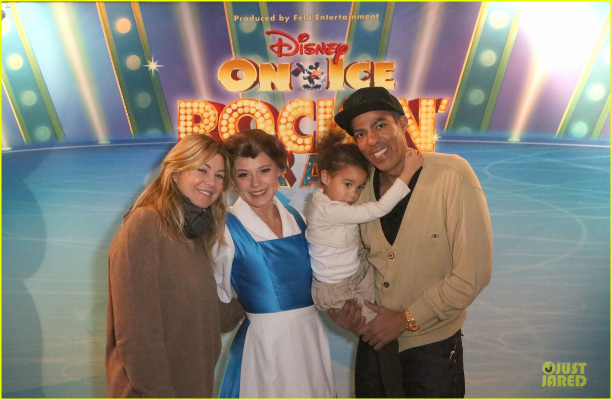 ellen pompeo chris ivery disney on ice with stella 02