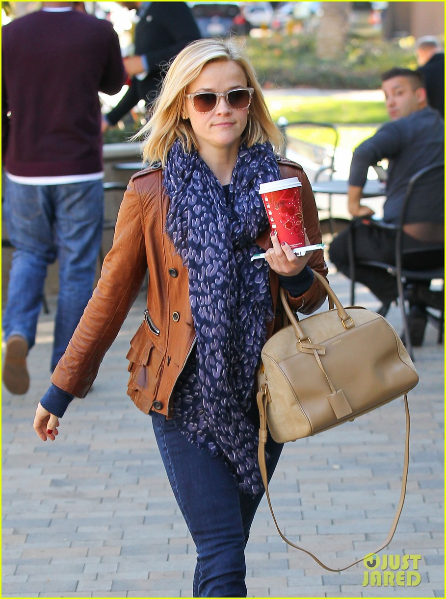 reese witherspoon back on the road for the good lie 12
