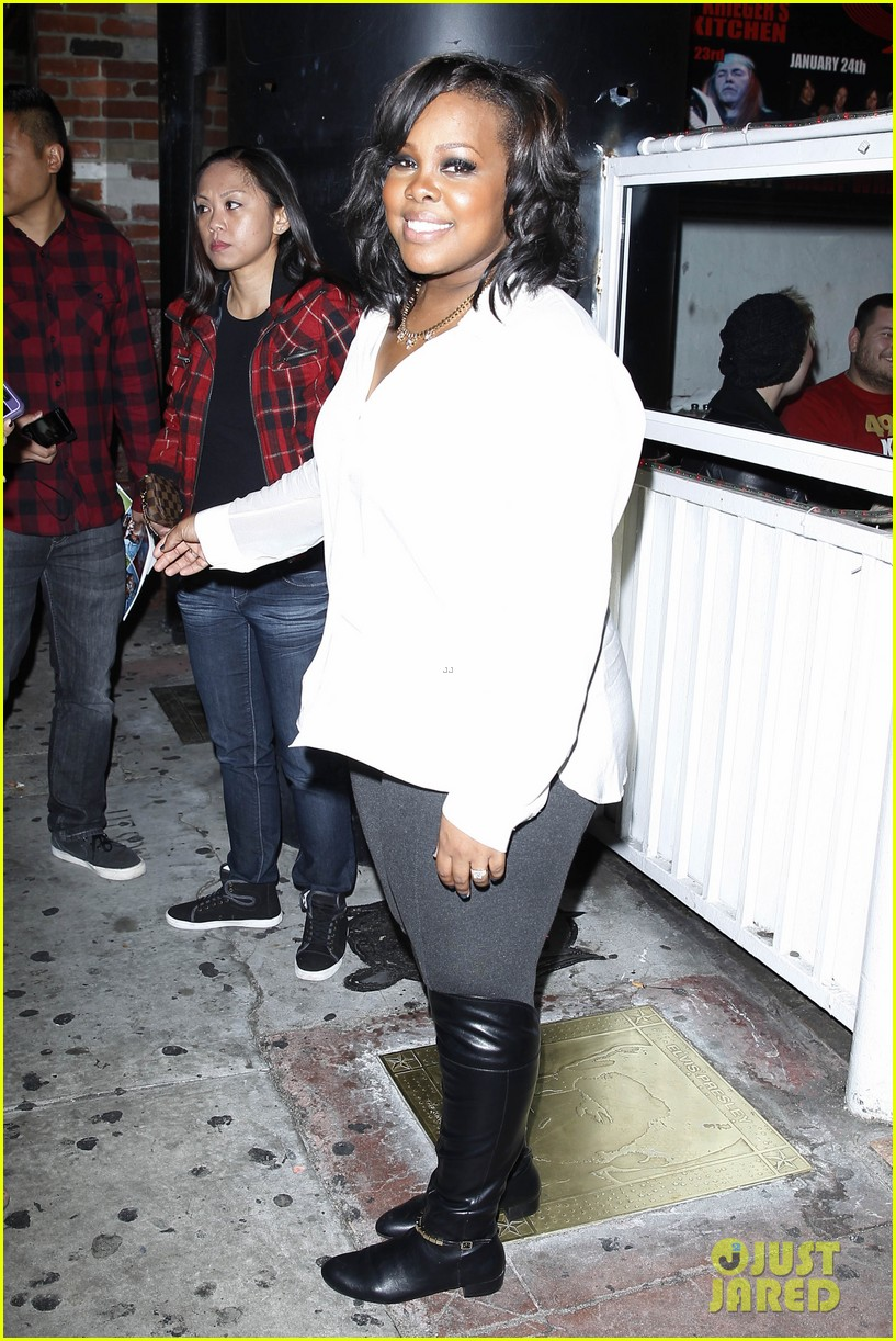 amber riley holiday concert with tori kelly michelle williams 11