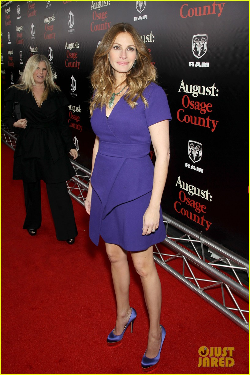 julia roberts durmot mulroney august osage county ny premiere 03