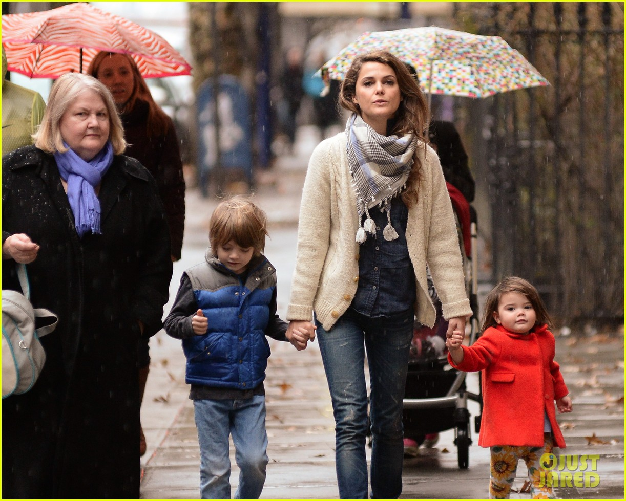 keri russell steps out with kids after shane deary split news 053006287