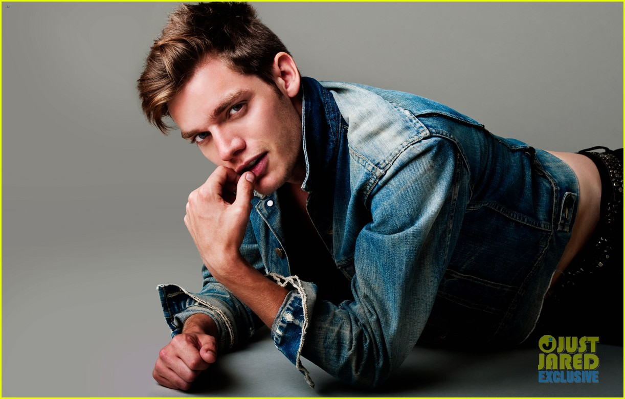 dominic sherwood jj spotlight of the week exclusive 01