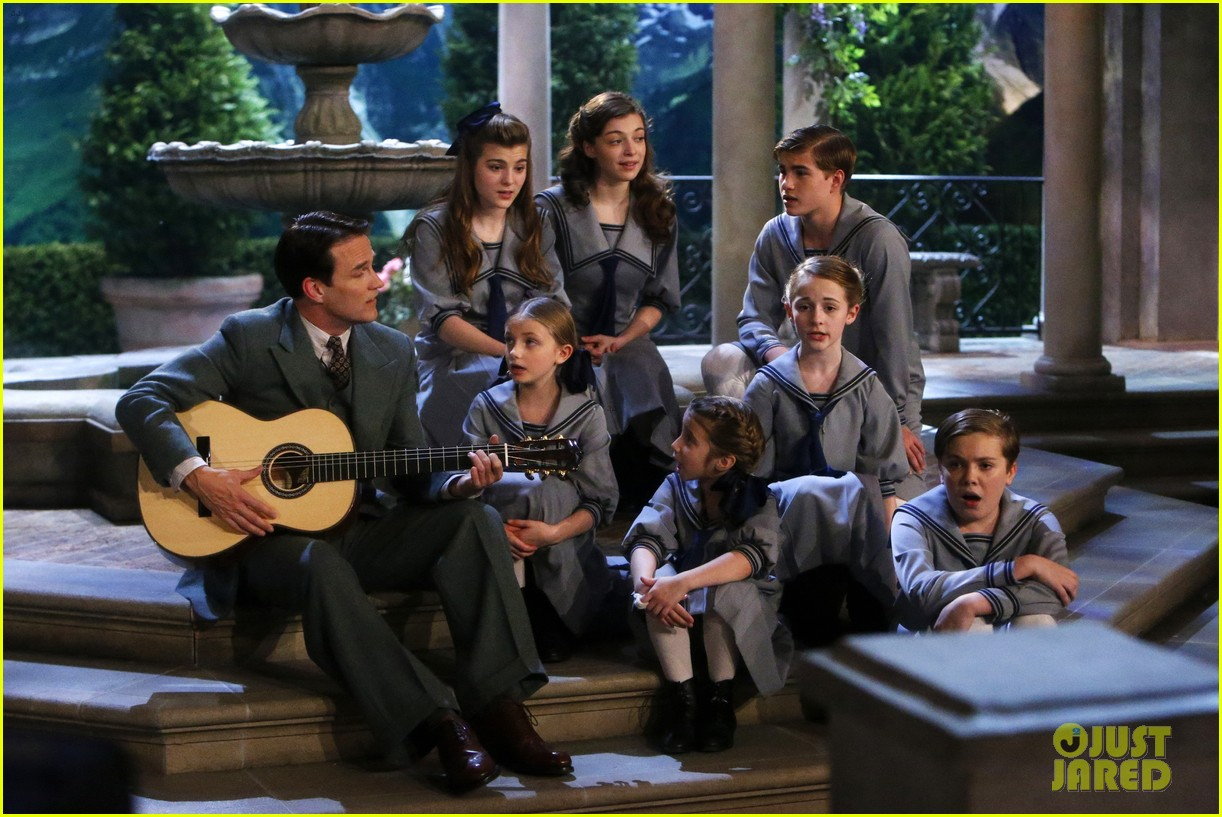 sound of music live watch all performance videos here 14