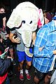 harry styles wears blonde wig elephant head at nightclub 08