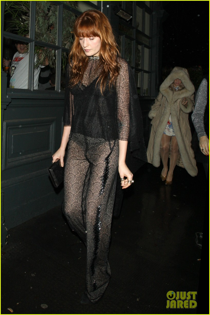 suki waterhouse daisy lowe love magazine holiday party 043014123