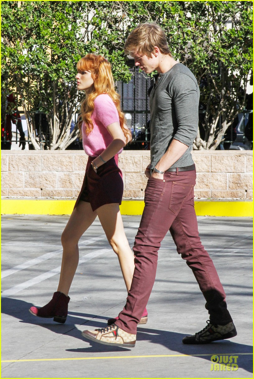 bella thorne tristan klier la mission christmas eve celebration 143017390